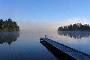 lake-mapourika-600X450